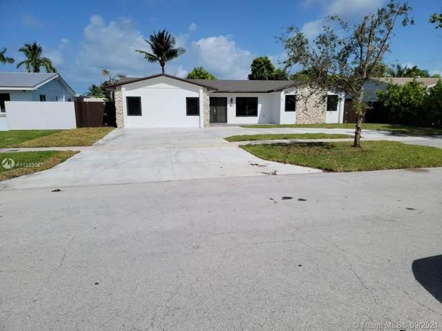 19981 SW 83rd Ave, Cutler Bay, FL 33189 (MLS #A11089087) :: Jo-Ann Forster Team
