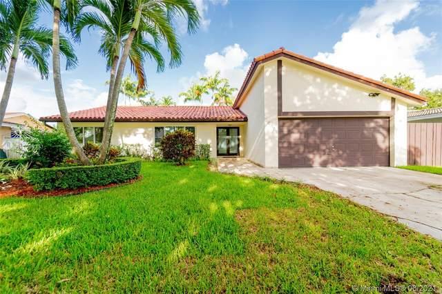 10930 SW 138th Ave, Miami, FL 33186 (MLS #A11089331) :: All Florida Home Team