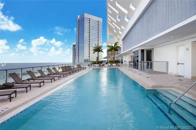 1300 Brickell Bay Dr #4001, Miami, FL 33131 (MLS #A11090230) :: Douglas Elliman