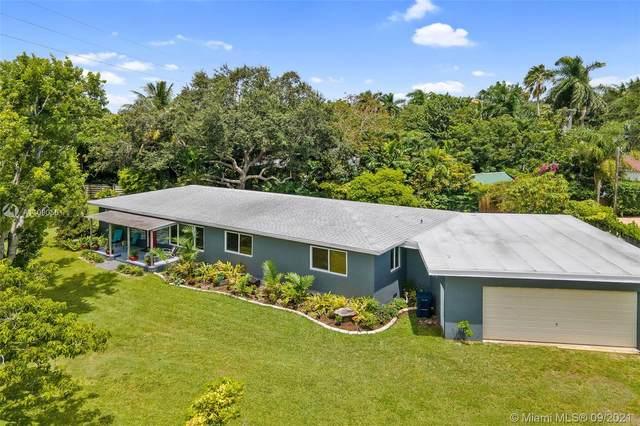 8155 SW 99th St, Miami, FL 33156 (MLS #A11090561) :: Berkshire Hathaway HomeServices EWM Realty