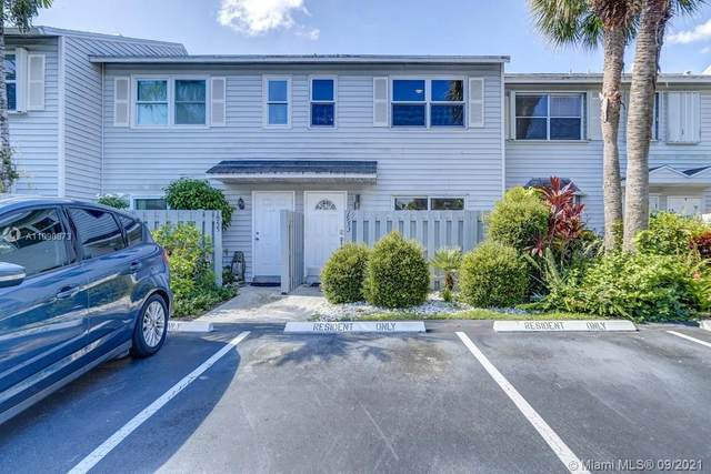 1953 NE 15th, Fort Lauderdale, FL 33305 (MLS #A11090873) :: Castelli Real Estate Services