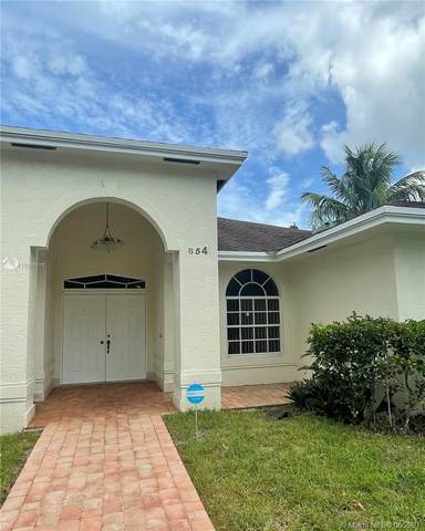 854 NW 28th Ave, Fort Lauderdale, FL 33311 (#A11091911) :: Posh Properties