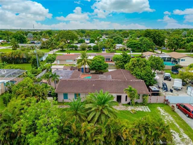 11261 SW 175th St, Miami, FL 33157 (MLS #A11091923) :: All Florida Home Team