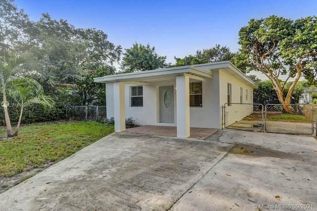 1588 NE 153rd Ter, North Miami Beach, FL 33162 (MLS #A11092353) :: Castelli Real Estate Services