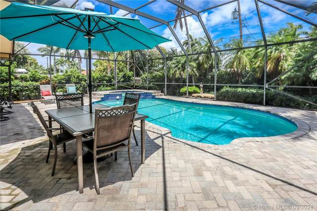 1341 Funston St, Hollywood, FL 33019 (MLS #A11092456) :: The Rose Harris Group