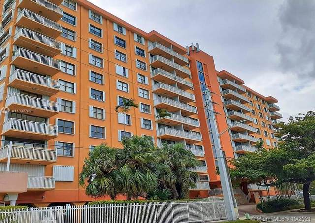 2450 NE 135th St #402, North Miami, FL 33181 (MLS #A11092762) :: Green Realty Properties
