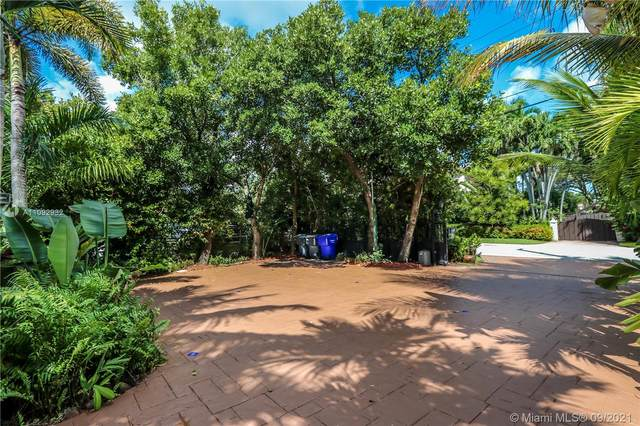 931 S Northlake Dr, Hollywood, FL 33019 (MLS #A11092932) :: KBiscayne Realty