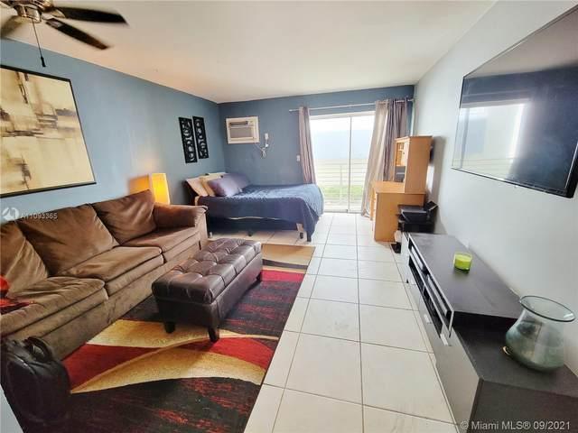 1441 Lincoln Rd #210, Miami Beach, FL 33139 (MLS #A11093365) :: GK Realty Group LLC