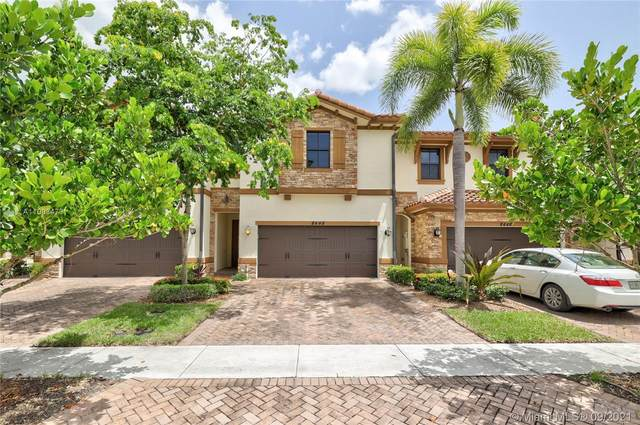 8448 Blue Cove Way, Parkland, FL 33076 (MLS #A11093473) :: The Pearl Realty Group