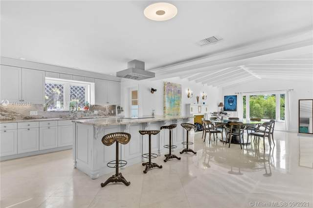 4210 Chase Ave, Miami Beach, FL 33140 (MLS #A11093518) :: The Pearl Realty Group
