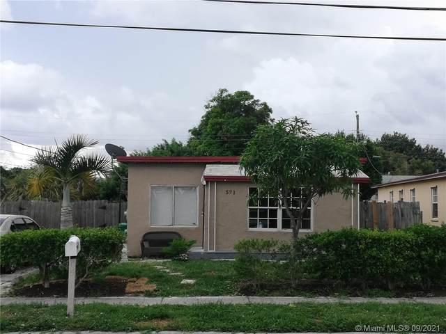 571 W 6th St, Riviera Beach, FL 33404 (MLS #A11093905) :: CENTURY 21 World Connection