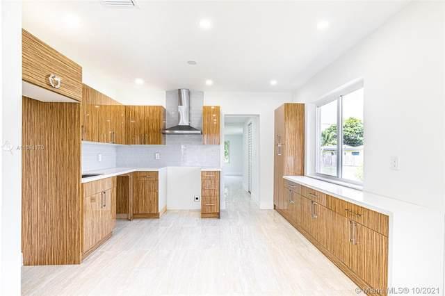 818 S 28 AV, Hollywood, FL 33020 (MLS #A11094170) :: Castelli Real Estate Services