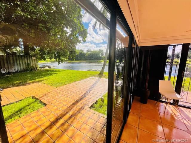 18805 Oakland Hills Dr #0, Hialeah, FL 33015 (MLS #A11094310) :: Castelli Real Estate Services