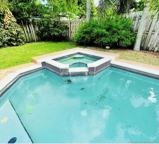 708 SW 1st Ave, Boynton Beach, FL 33426 (MLS #A11094577) :: Equity Realty