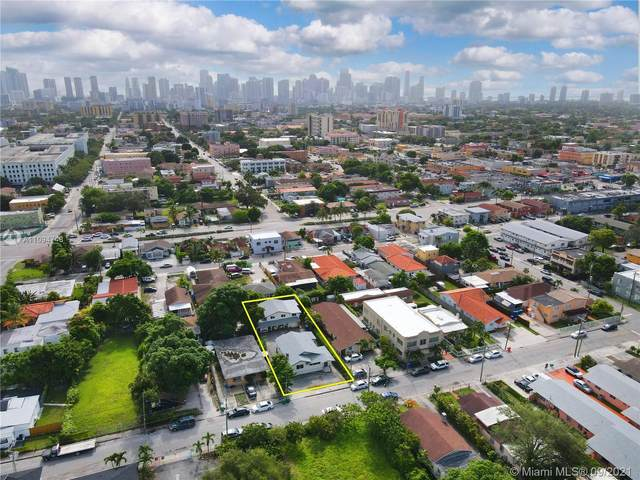 151 NW 17th Pl, Miami, FL 33125 (MLS #A11094748) :: Green Realty Properties