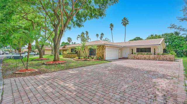 280 NW 86th Ter, Coral Springs, FL 33071 (MLS #A11095202) :: The Rose Harris Group