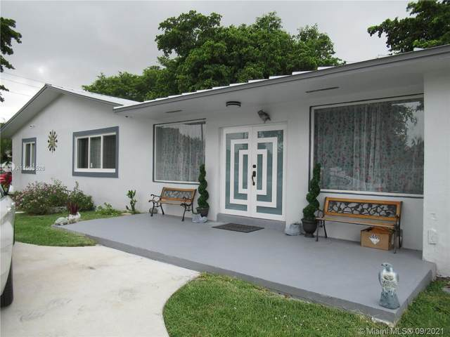 Miami, FL 33177 :: Douglas Elliman