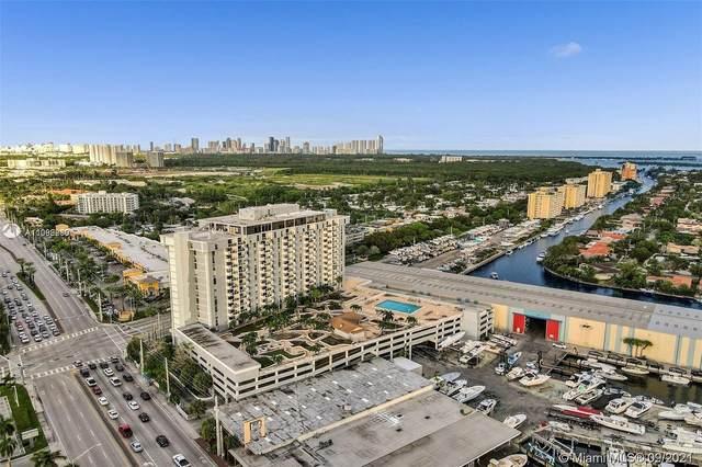 North Miami, FL 33181 :: The Riley Smith Group