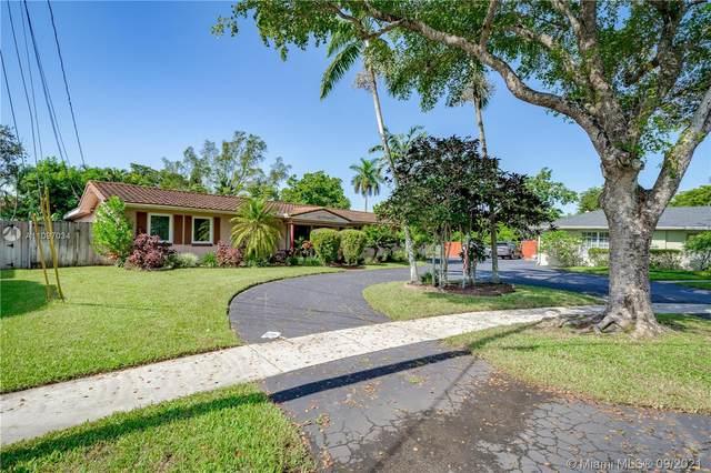 6360 SW 6th St, Plantation, FL 33317 (MLS #A11097034) :: Douglas Elliman