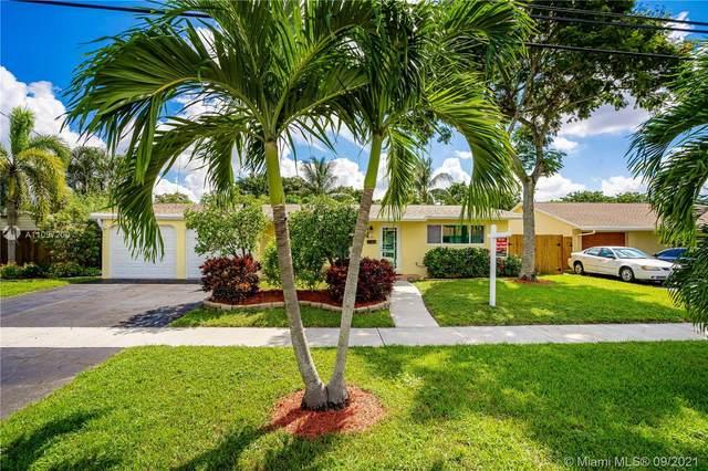 1320 SW 55th Ave, Plantation, FL 33317 (MLS #A11097200) :: Jo-Ann Forster Team