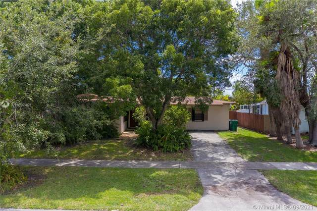 8780 SW 200th St, Cutler Bay, FL 33157 (MLS #A11097453) :: KBiscayne Realty