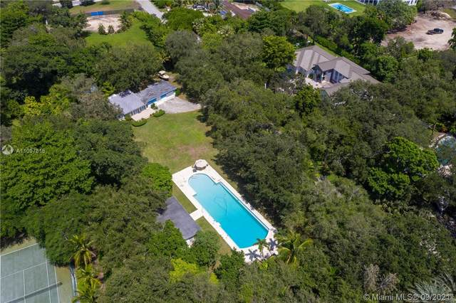 8940 SW 65th Ct, Pinecrest, FL 33156 (MLS #A11097815) :: Equity Realty