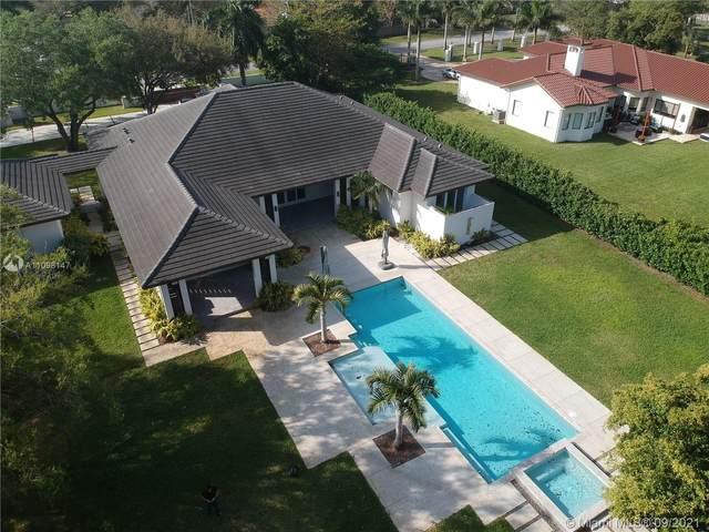 9283 SW 106 St., Miami, FL 33176 (MLS #A11098147) :: Douglas Elliman