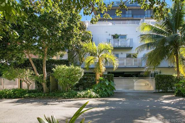 235 SW 17th Rd #104, Miami, FL 33129 (MLS #A11098214) :: The Riley Smith Group