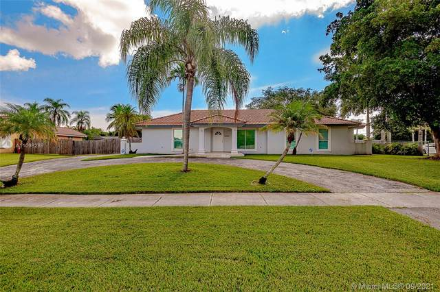 18341 SW 87th Ave, Palmetto Bay, FL 33157 (MLS #A11098289) :: Douglas Elliman