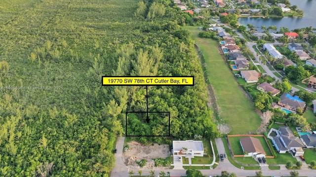19770 SW 78th Ct, Cutler Bay, FL 33189 (MLS #A11098696) :: Castelli Real Estate Services
