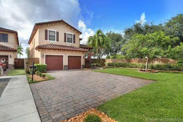 3300 SE 7th Ct, Homestead, FL 33033 (MLS #A11098723) :: All Florida Home Team