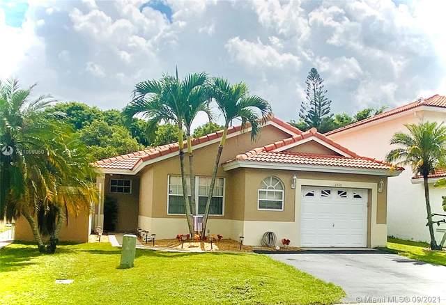 13460 NW 5 Ct, Plantation, FL 33325 (MLS #A11098950) :: Search Broward Real Estate Team