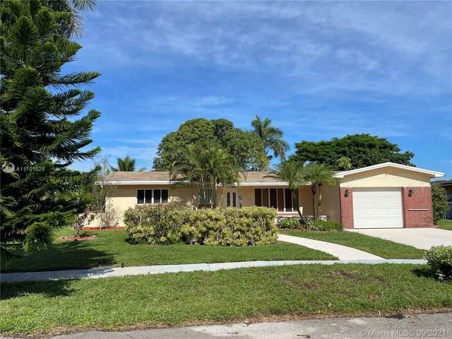 1910 NW 113th Ave, Pembroke Pines, FL 33026 (MLS #A11101029) :: Re/Max PowerPro Realty