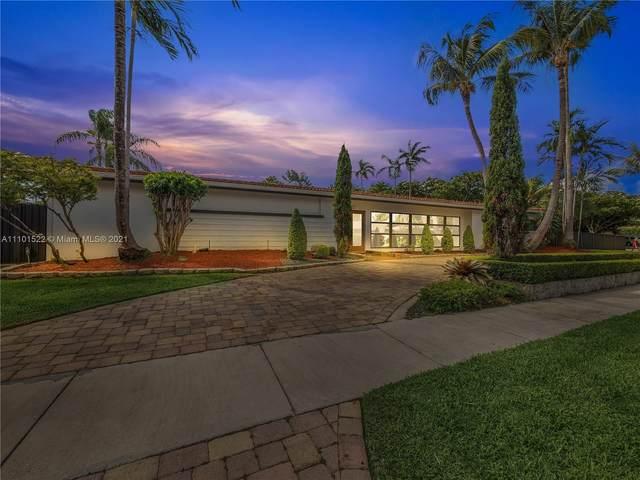 2250 Keystone Blvd, North Miami, FL 33181 (MLS #A11101522) :: The Jack Coden Group