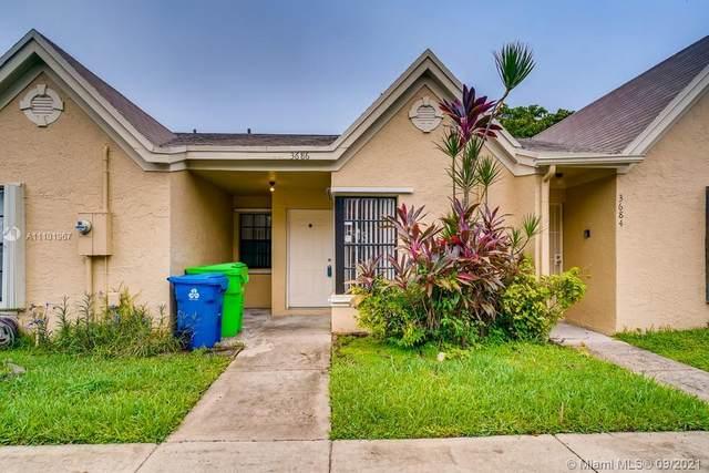 3686 NW 83rd Lane #3686, Sunrise, FL 33351 (MLS #A11101967) :: Green Realty Properties
