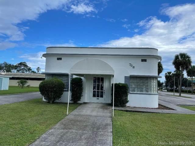 708 6th S St, Fort Pierce, FL 34950 (#A11102335) :: Posh Properties