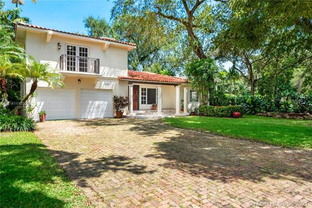 3925 Durango St, Coral Gables, FL 33134 (MLS #A11103016) :: The Riley Smith Group