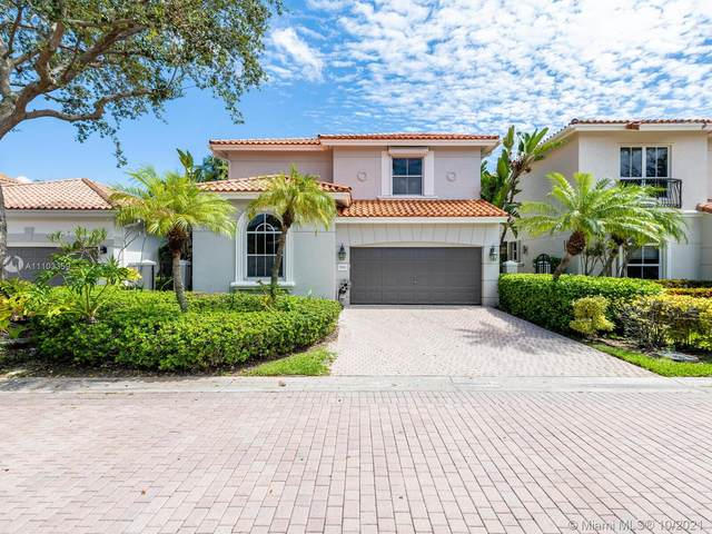 1539 Shoreline Way, Hollywood, FL 33019 (MLS #A11103359) :: Castelli Real Estate Services