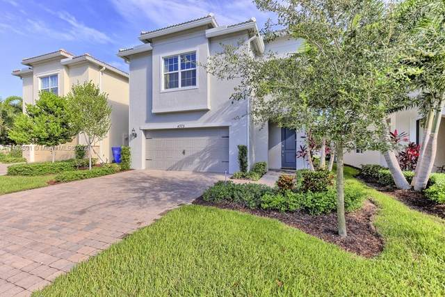 4375 Ficus St, Hollywood, FL 33021 (MLS #A11103591) :: Castelli Real Estate Services