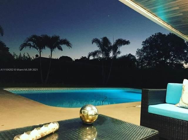 11700 NW 15th Ct, Pembroke Pines, FL 33026 (MLS #A11104202) :: Rivas Vargas Group