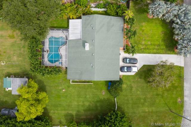 5921 SW 195th Ter, Southwest Ranches, FL 33332 (MLS #A11104935) :: Castelli Real Estate Services