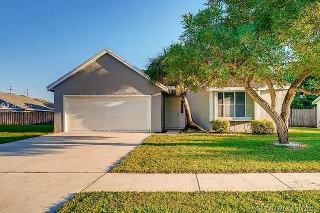 1125 Grandview Circle #1125, Royal Palm Beach, FL 33411 (MLS #A11105441) :: All Florida Home Team
