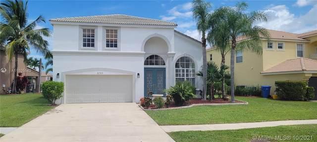 2755 Misty Oaks Cir, Royal Palm Beach, FL 33411 (MLS #A11105589) :: ONE | Sotheby's International Realty