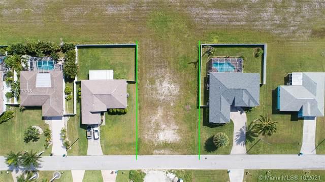 4131 SW 21 PL, Cape Coral, FL 33914 (#A11107036) :: Posh Properties