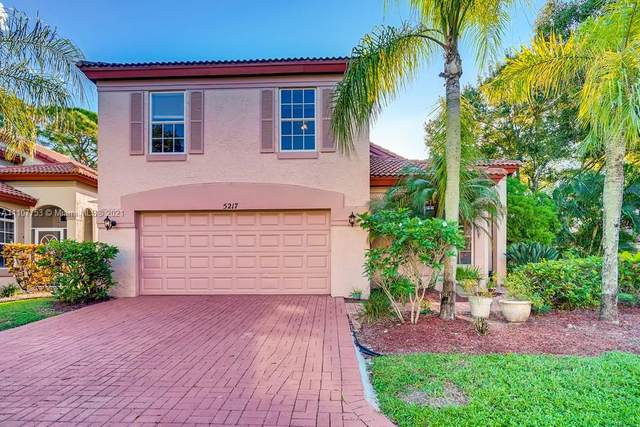 5217 Edenwood Road Road #5217, Riviera Beach, FL 33418 (MLS #A11107753) :: Berkshire Hathaway HomeServices EWM Realty