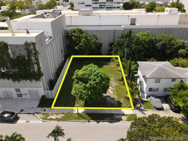 120 NE 42nd St, Miami, FL 33137 (MLS #A11108232) :: Green Realty Properties
