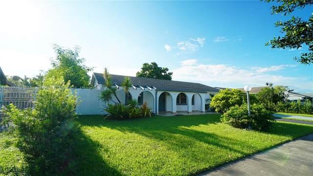 4346 SW 134th Pl, Miami, FL 33175 (MLS #A11109263) :: Rivas Vargas Group