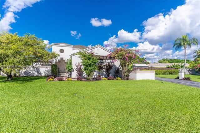 15361 SW 154th Ter, Miami, FL 33187 (MLS #A11110353) :: Rivas Vargas Group