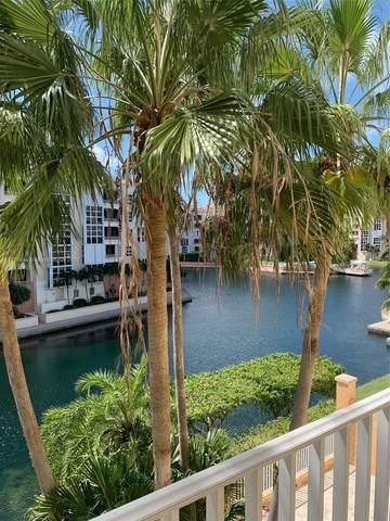 715 Crandon Blvd #405, Key Biscayne, FL 33149 (MLS #A11110744) :: Green Realty Properties