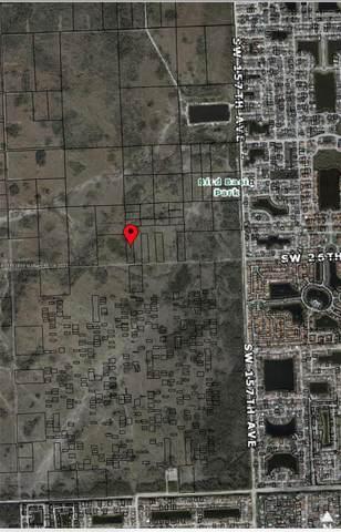 162XX -0140 SW 26 St, Miami, FL 33185 (MLS #A11117499) :: Patty Accorto Team